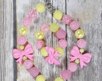 Pink and Yellow Bow Bracelet,Girls Bracelet,Bubblegum,Chunky Bracelet,Stretchy Bracelet,Birthday Outfit,Cake Smash,Party Favor,Holiday Gift