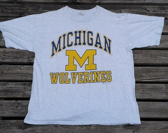 Vintage 80's / 90's University of Michigan Wolverines Made in Canada by Bulletin Athletic t-shirt butter thin XL