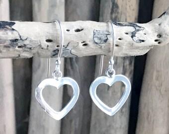 Heart Earrings Dangle PEN144