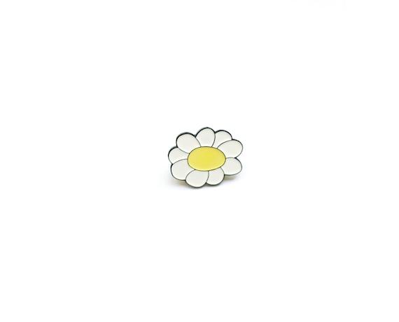 Daisy Enamel Pin