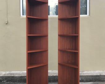 Danish Modern Vintage Teakcirner bookcase