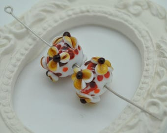 2 (142) Topaz and white Lampwork Glass Beads