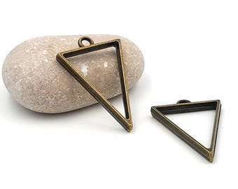 5 charm triangle bronze 39mm for resin creations