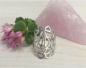 925 Sterling Silver Heart Chakra Ring