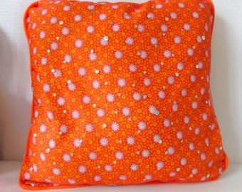 Small cushion with cotton and tulle
