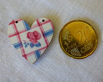 Wood heart Digoin striped button