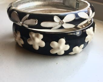 Vintage Black and White Enamel Bangles