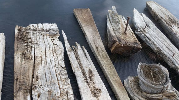 Reclaimed wood barn wood pieces rustic diy wood crafts for Reclaimed wood suppliers