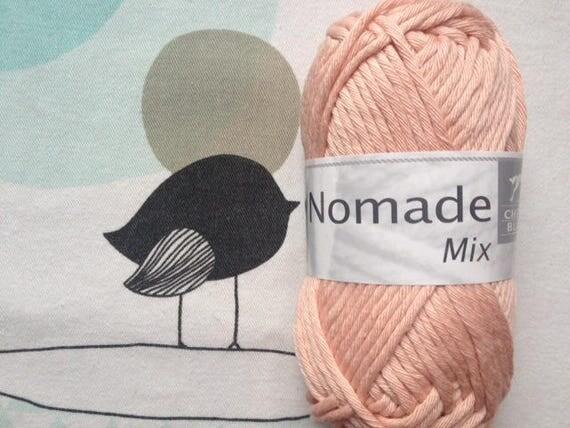 Nomad wool MIX pink powder - white horse