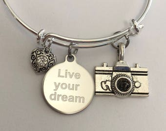 """Camera-Bracelet with camera, engraved """"live your dream"""" charm and heart charm"""