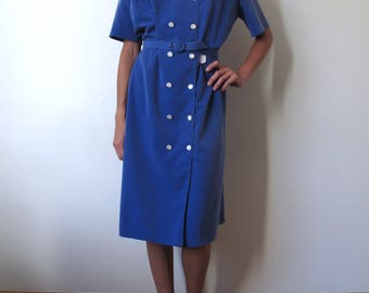 Midi dress 60s french vintage blue lilas buttons chic luxe elegant sixties belt // L