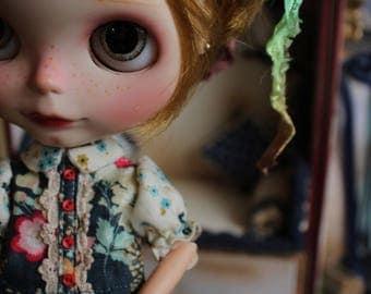 Dolly .(Blythe, pullip or yosd). Outfit 2 pcs: dress & socks