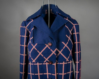 Vintage 1960's Jackie O Coat Blue and Red Plaid, Retro 1960's Plaid Fitted Jackie O Coat, Retro 60's Light Weight Wool Fitted Jackie O Coat
