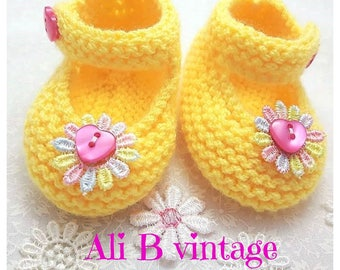 knitted Baby shoes yellow baby booties lemon pram shoes baby shower gift christening gift rainbow flower with pink heart baby girl mary jane