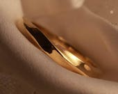 18ct 3mm EcoGold Twist Wedding Ring and silver Prototype