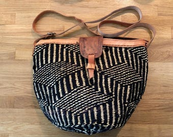 Woven purse