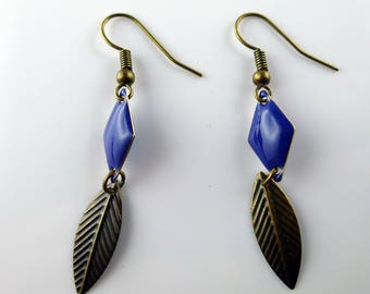 Feather earrings in bronze and enamel Blue Diamond