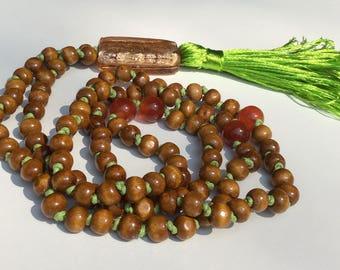 108 bead mala, Carnelian gem necklace, Wooden mala, Meditation beads, Yoga beads, Hand knotted mala, Buddhist mala, Prayer beads, Japa mala