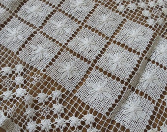 Lovely Antique French Linen Filet Lace Doilly