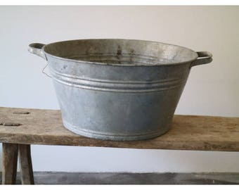 antique zinc tub to the decoration or the planting