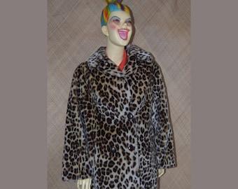 1950's Ladies Martinex Leopard Faux Fur Coat