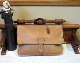Coach Shoulder Portfolio In Tabac (Tan) Leather Style No. 5160- Made In New York City -VGC- Missing Strap