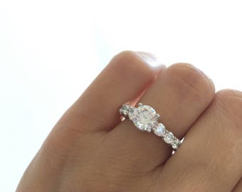2 Ct Round Cut Engagement Ring. Elegant Unique Design Solitaire Ring. 4 Prong Solitaire Ring. Promise Ring. Wedding Ring. Elegant Ring.