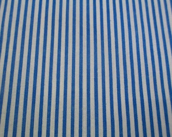 1 coupon of striped blue and white 20x25cm 100% cotton