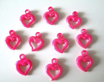 heart pendants 10 acrylic fuchsia ab color 20 x 14 mm