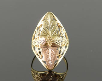14k Filigree Black Hills Grape Leaf Ring Gold