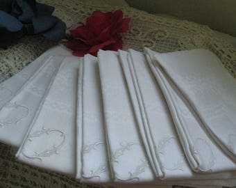 8 Exceptional White Damask Dinner Napkins ~~ Estate Vintage Napkins