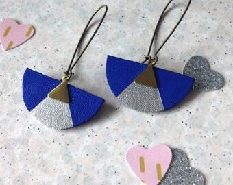 Silvery-blue leather geometric earrings