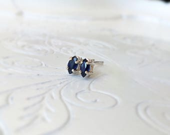 Blue sapphire 925 sterling silver earrings/Studs Earrings