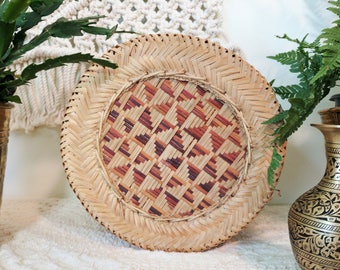 Vintage Woven Full Lidded Basket / Woven Basket With Lid