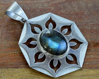 Sterling Silver and Labradorite Pendant by Michael Whiteshadow