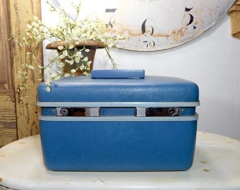 Vintage Blue Samsonite Train Case, Blue Overnight Bag, Turquoise Blue Carry On Luggage