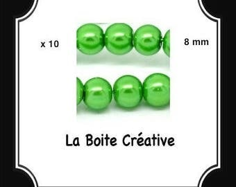 10 round Pearl 8 mm green glass beads