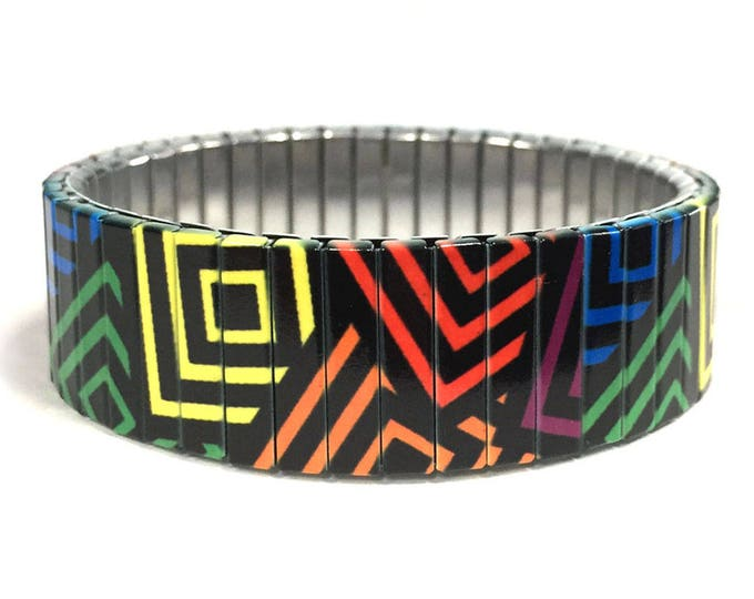 Bracelet RAINBOW SQUARES made of stretchable repurposed stainless steel watch band