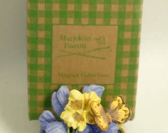 Marjolein Bastin Magnet Collection/Light Blue And Gold Pansies In A Vase/New In Box (B)