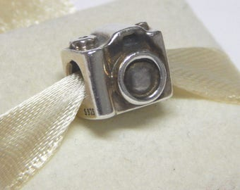 Genuine Pandora Sterling  Camera Photo Travel Charm 790961 Retired