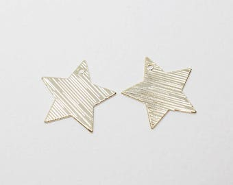P0673/Anti-Tarnished Gold Plating Over Steel/Textured Flat Star Pendant/17x17mm/4pcs