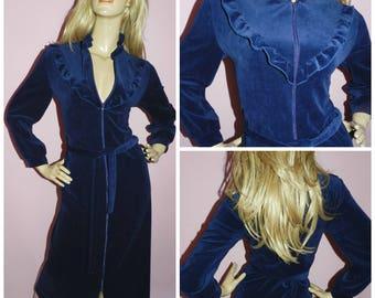 Vintage 70s 80s Navy Blue VELVET RUFFLED Dressing gown House coat ROBE 12 M 1970s 1980s Loungewear