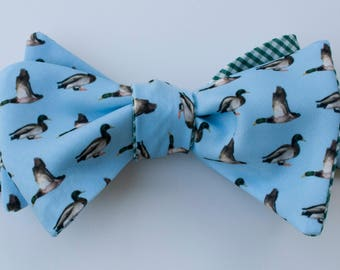 Mallard Duck Bow Tie - blue