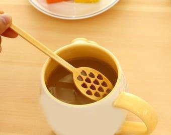 Bulk of 100 Wooden Heart Honey Stirrer Spoons