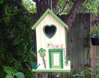 Garden Shed/Birdhouse/Yellow/Green