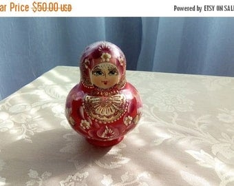 ON SALE Russian Nesting Dolls, Matryoshka Doll,Set of Eight  Hand Painted Nesting Dolls