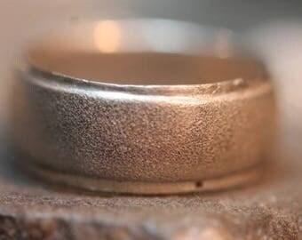 Wonderful Etched Sterling Silver Old Vintage Band Ring