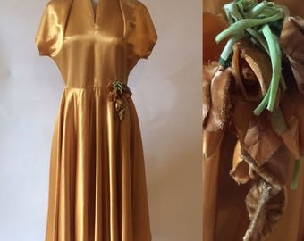 1940s early 1950s glam vintage gold satin dance swing dress