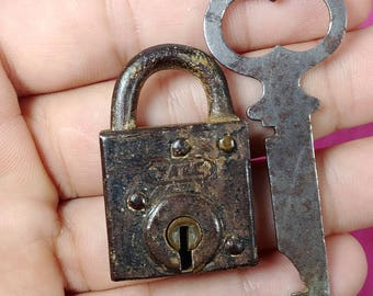 Unusual Antique Small Square YALE Padlock with working key