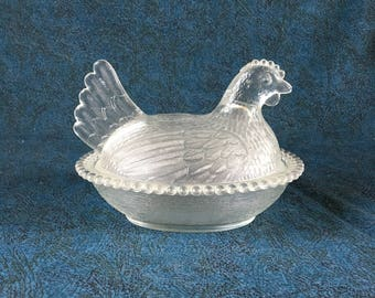 Vintage Indiana Glass Covered Hen On Nest, Candy Dish, Farmhouse Decor